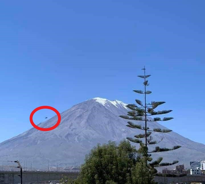 Captan objeto extraño en las faldas del volcán Misti