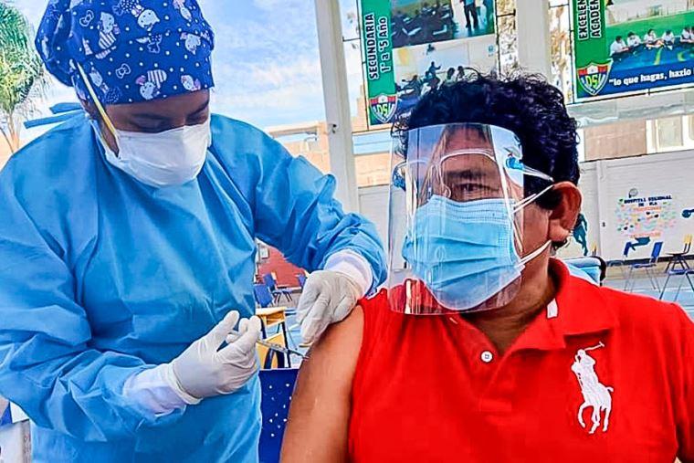 Hoy martes 20 de julio inicia vacunación de ciudadanos de 18 a 49 años en las provincias de Castilla, Condesuyos, Caravelí y Caylloma. En La Unión la inoculación comienza el viernes 23