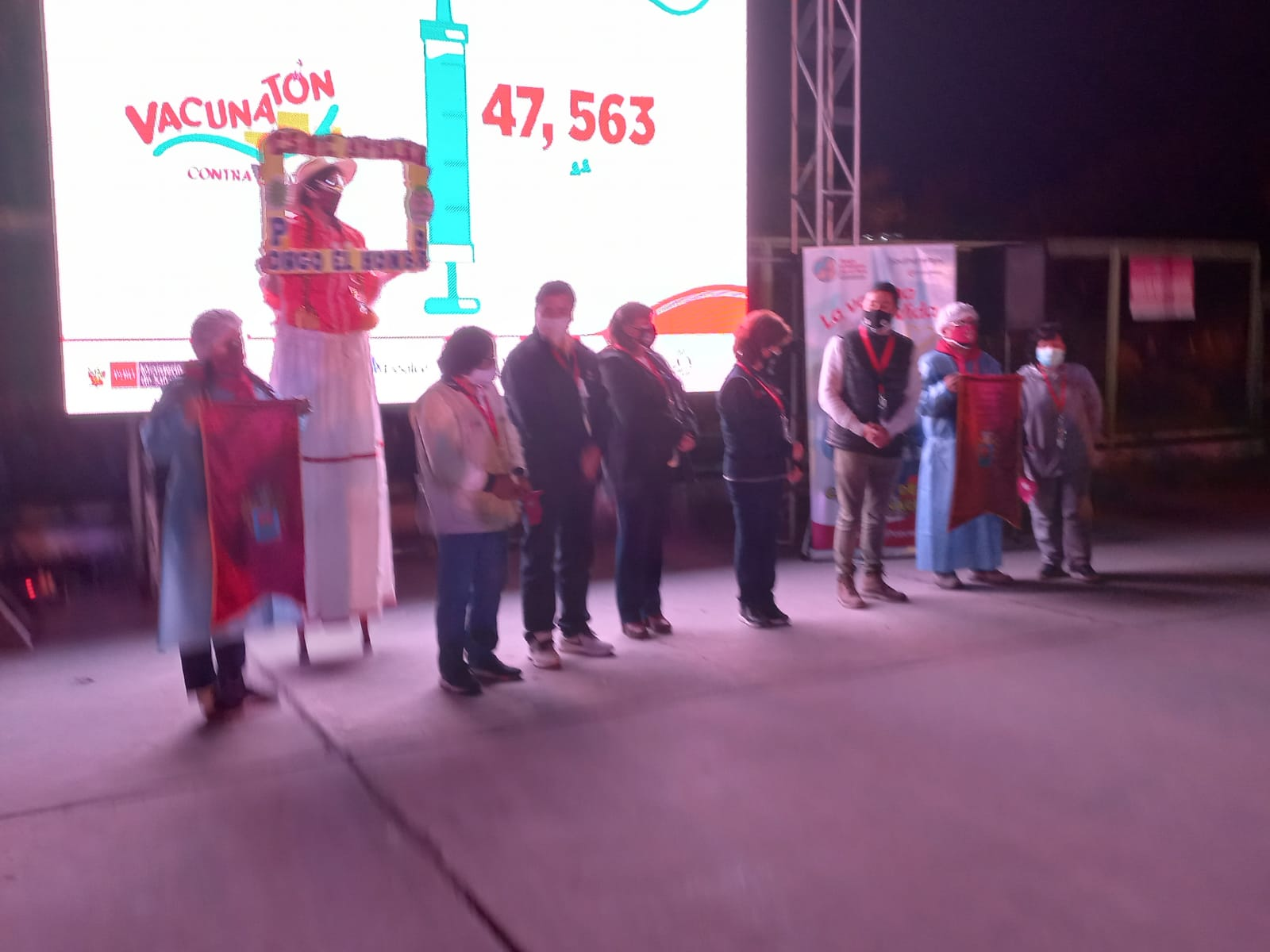 Arequipeños participaron masivamente en «Vacunatón» anticovid, superando metas establecidas