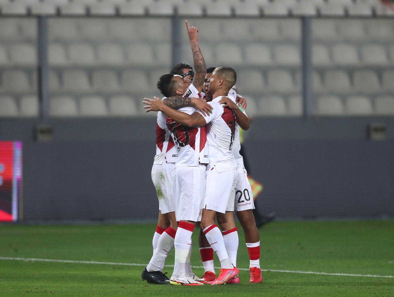 Perú venció por uno a cero a Venezuela y logró su primer triunfo en eliminatoria sudamericana